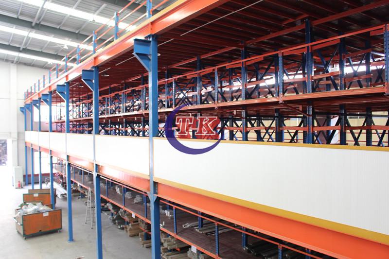 悬臂式钢阁楼货架